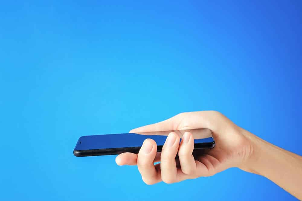Check if the phone is working properly or not   How to save your phone from water damage