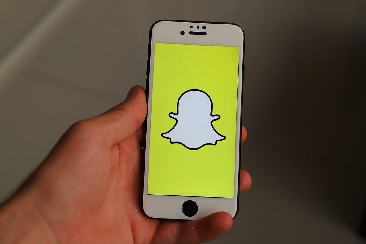 How To Tell If Someone Viewed Your Snapchat Story More Than Once