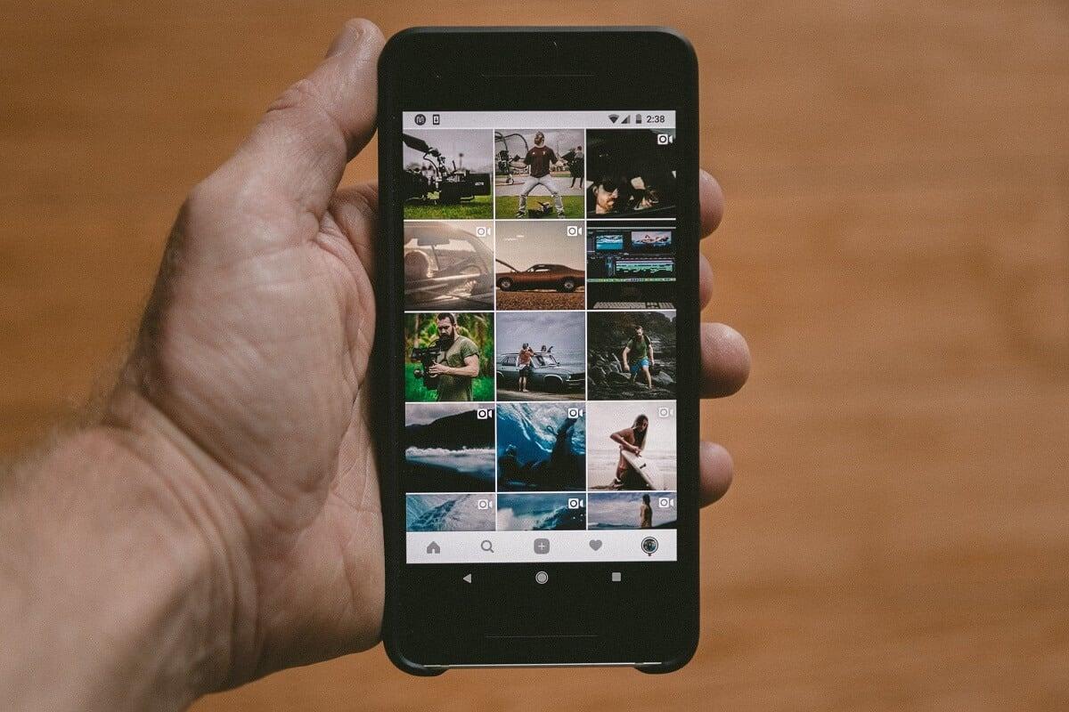 How To Delete Photos In Instagram
