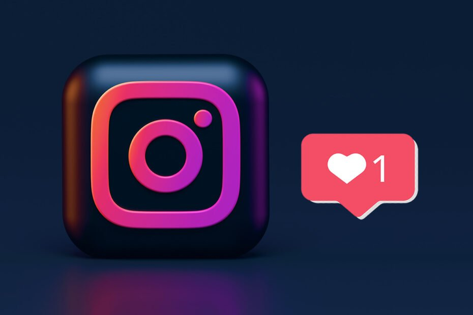 How to like a direct message on Instagram