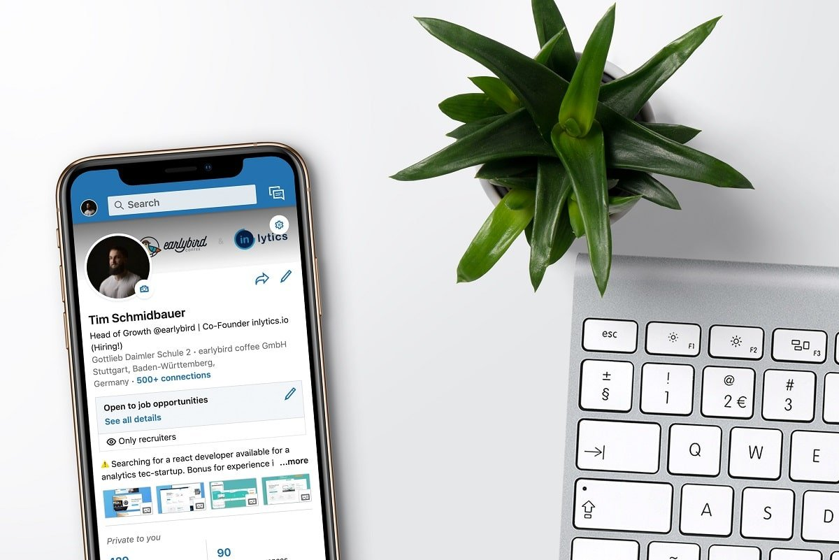 How to View the LinkedIn Desktop Site from Your Android or iOS